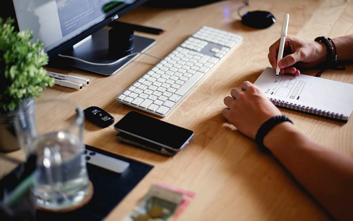 4 Tips To Be Highly Productive When Working From Home